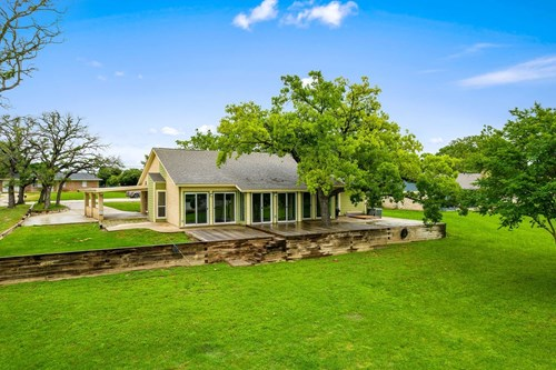Golf Course Home for Sale in Gatesville TX - 406 Straws Mill