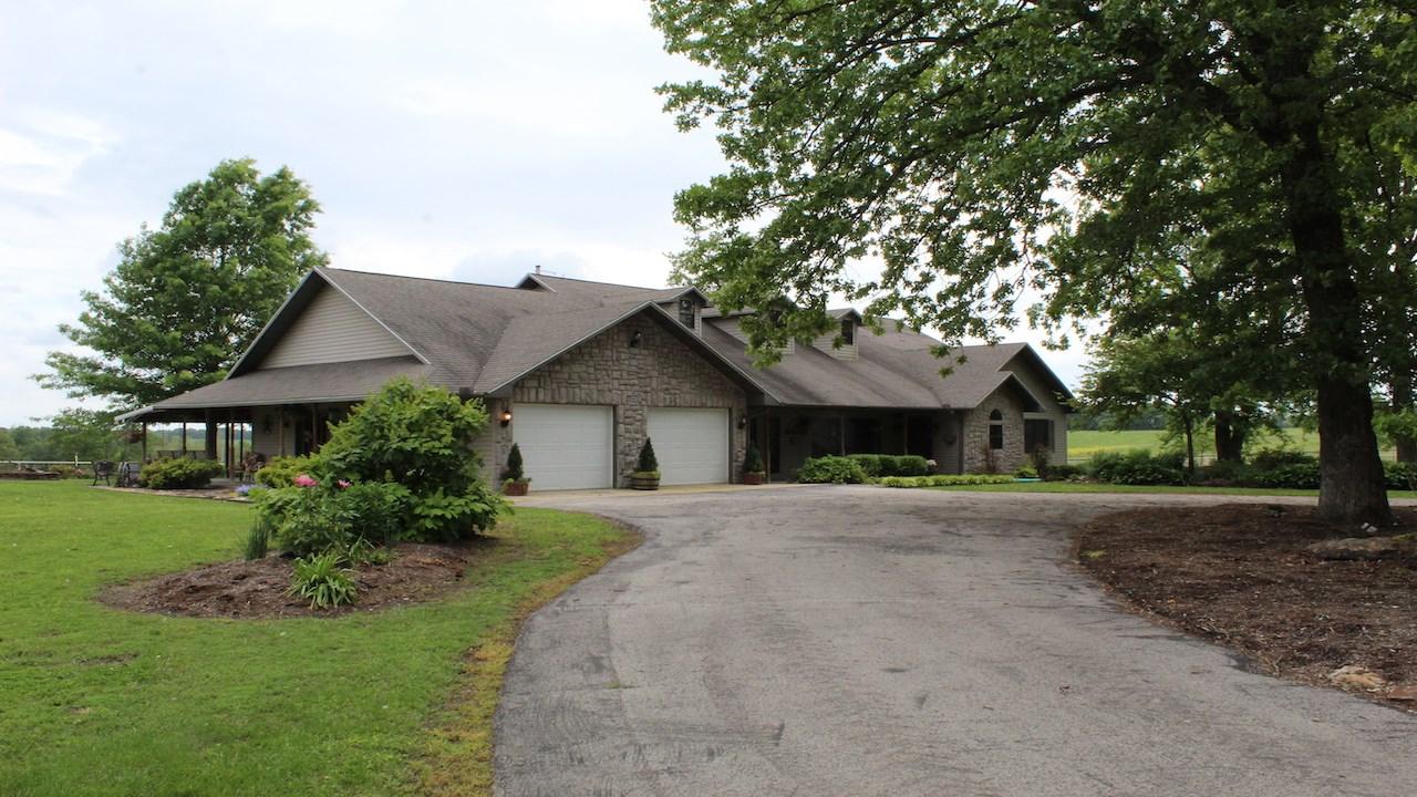 Southern Missouri Ozarks Farm for Sale