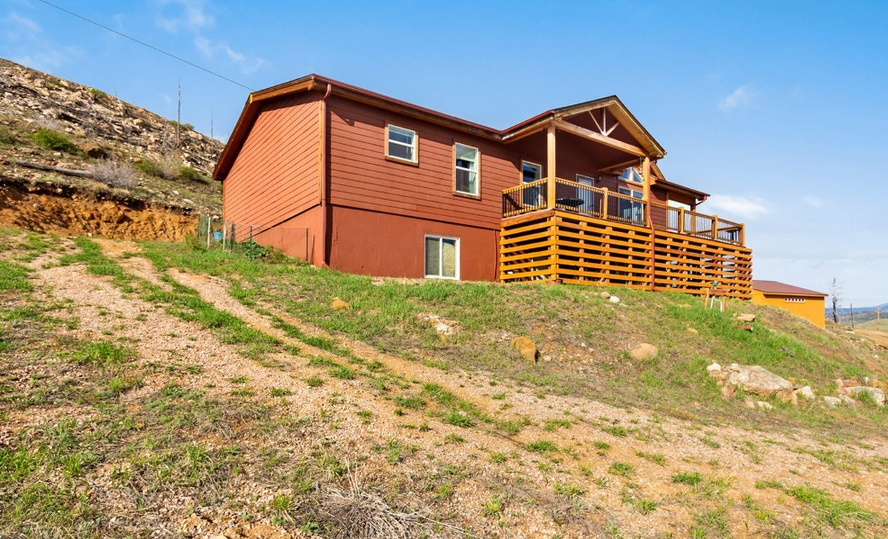 Bright Open Concept Mountain Home