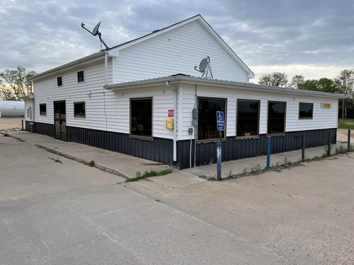 NEBRASKA CONVENIENCE STORE AND TRUCK STOP FOR SALE