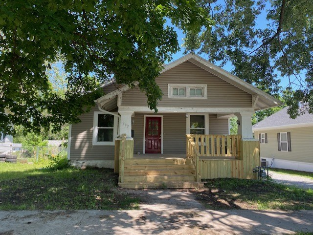 FOR SALE IN CAMERON MO - UPDATED 4 BEDROOM HOME