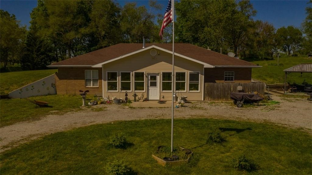 Beautiful Brick Earth Contact Home on 25 Acres