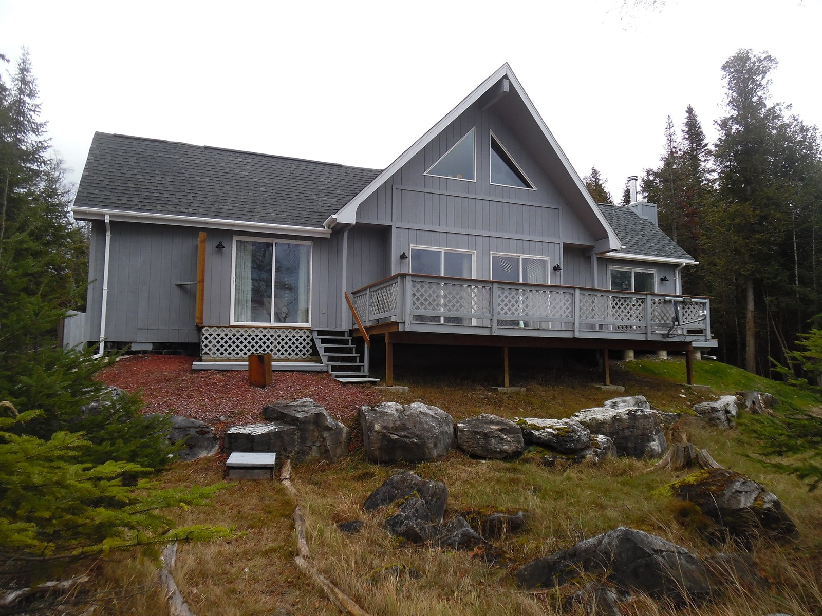 Beautiful All Season Waterfront Home on Drummond Island, Mi.