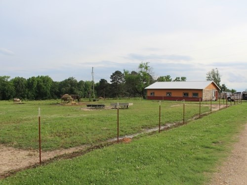 RANCH WITH COUNTRY HOME IN RED RIVER COUNTY, TX