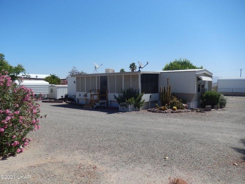 Salome, AZ Two Bedroom Home on Corner Lot Furnished