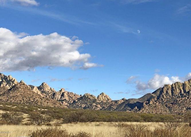 37.91 Acre lot in Dragoon Mountain Ranch Estates