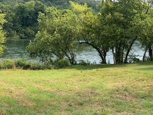1 ACRES TRACT WITH WHITE RIVER FRONTAGE