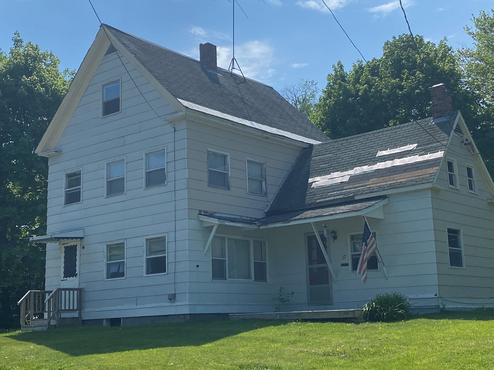 Home For Sale in Lincoln, Maine