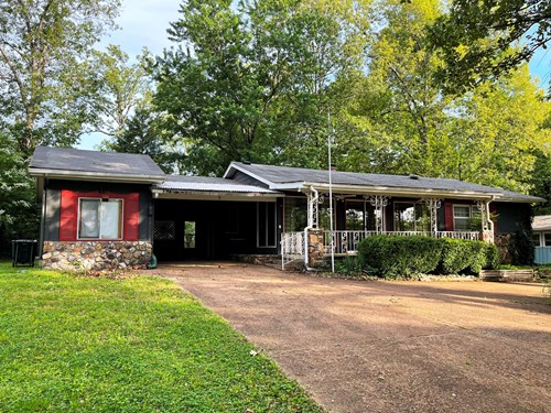 Home in Cherokee Village, AR for sale