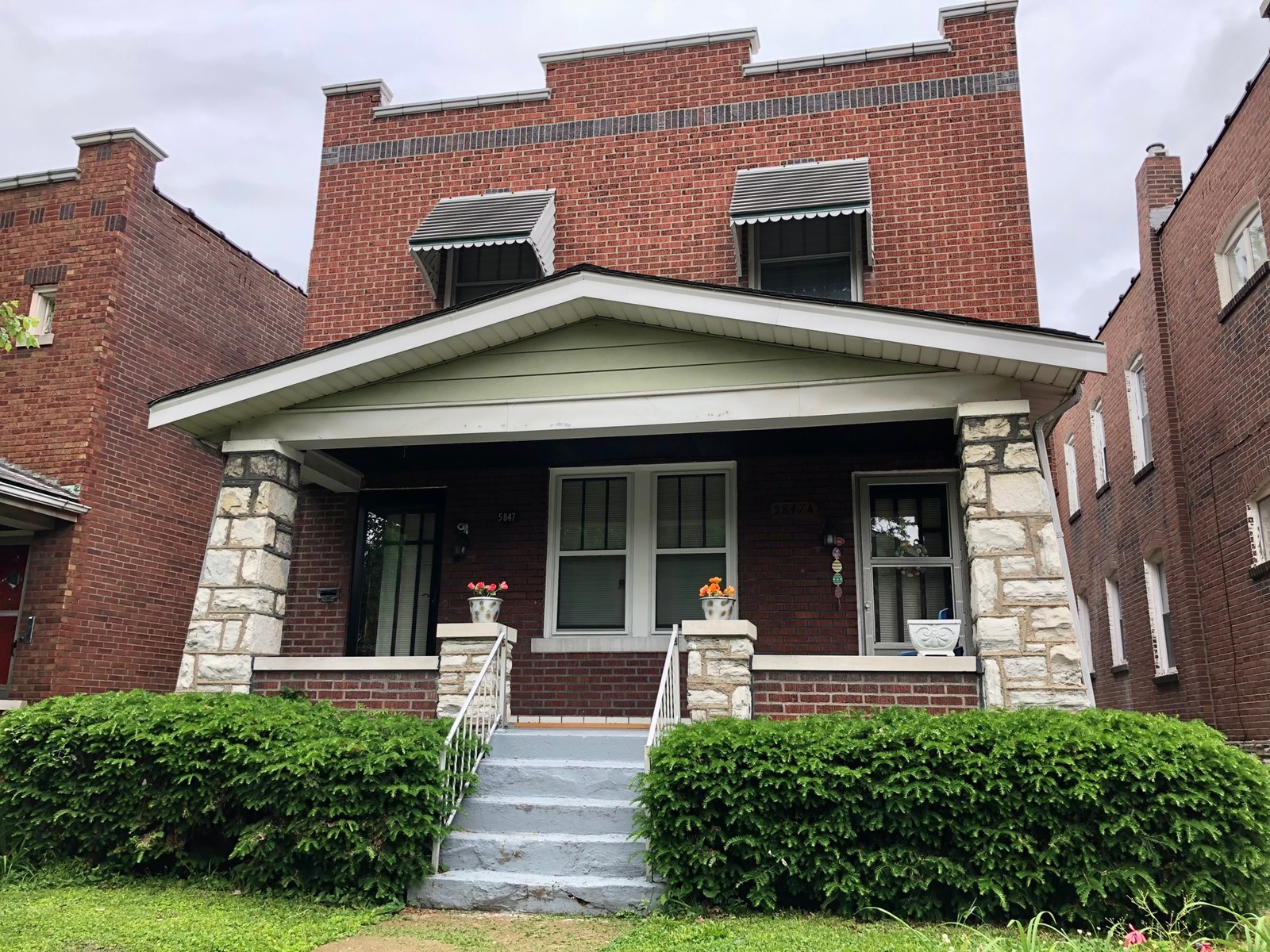 2 family duplex with many updates