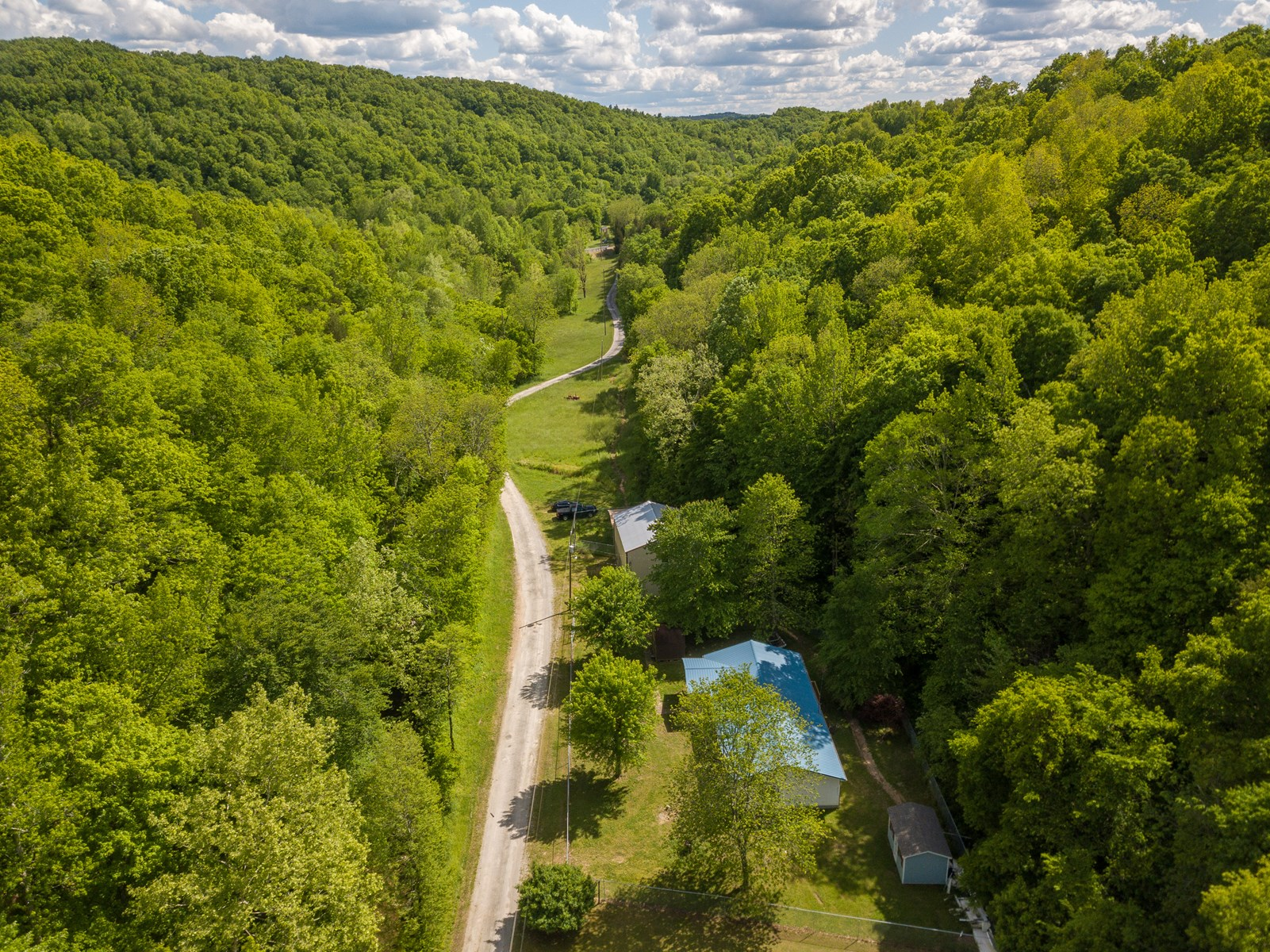 SOLD & CLOSED TN HOME SHOP 101 AC CREEKS SPRINGS CAVE TIMBER