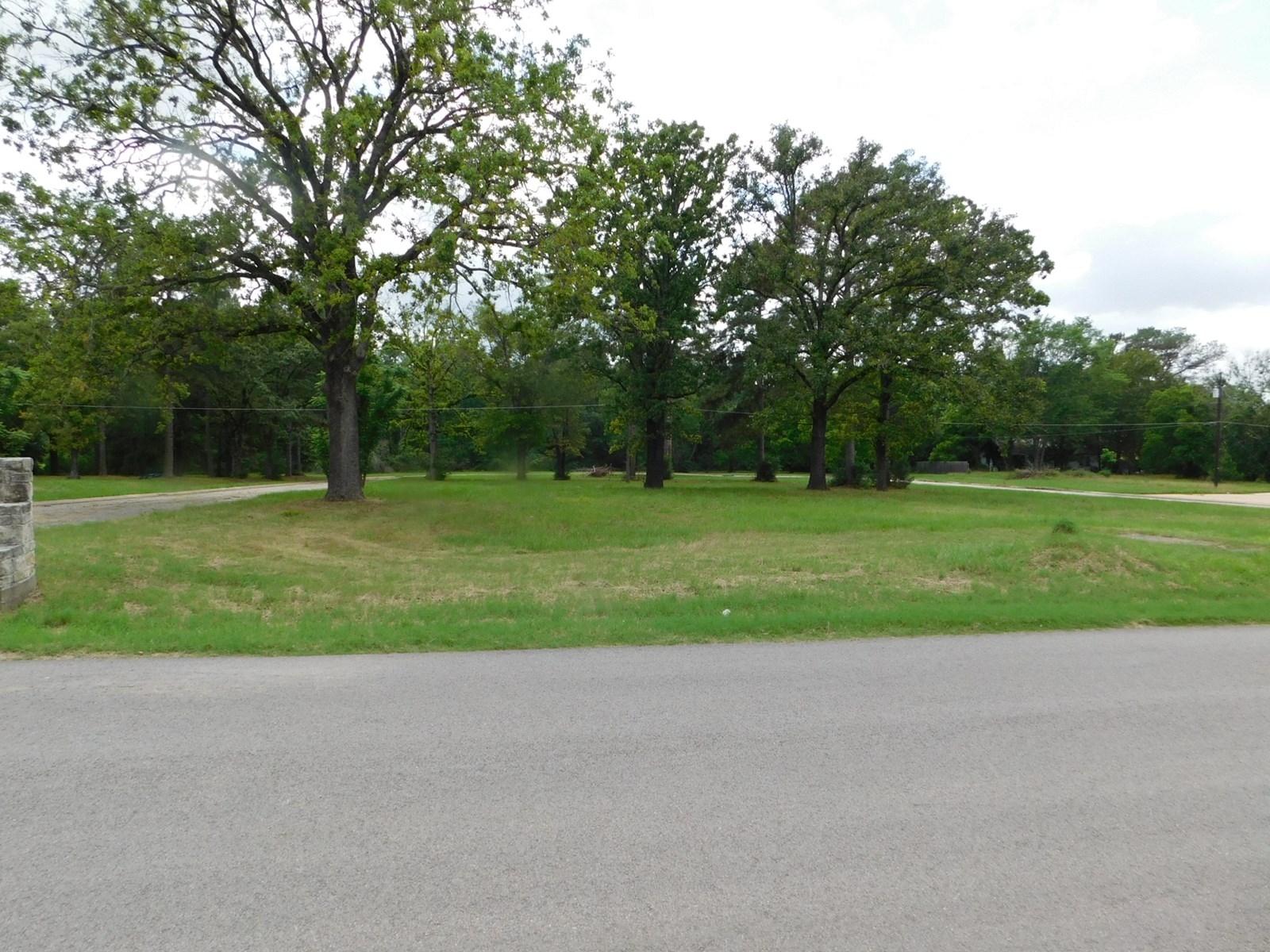Commercial/Retail/Residential Property For Sale - Buffalo Tx
