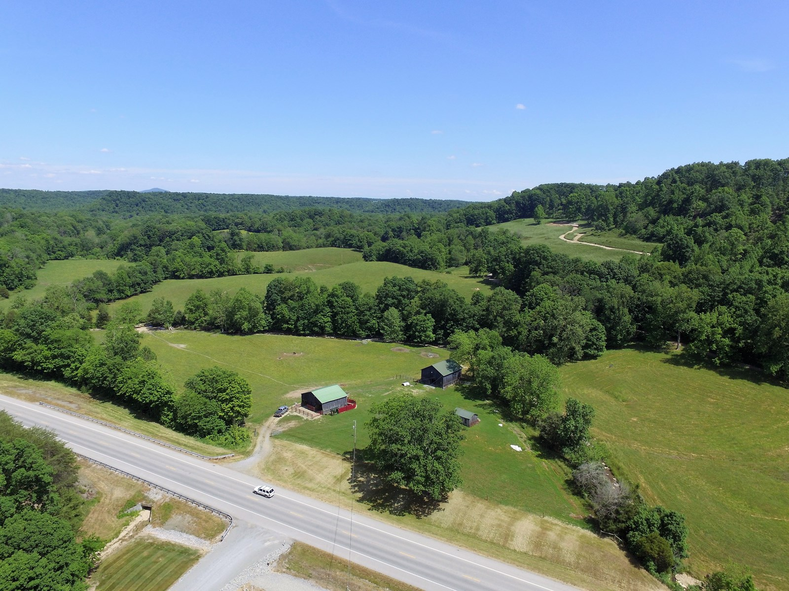 CATTLE FARM - BARNS - CREEK - PASTURE - DUNNVILLE, KY.