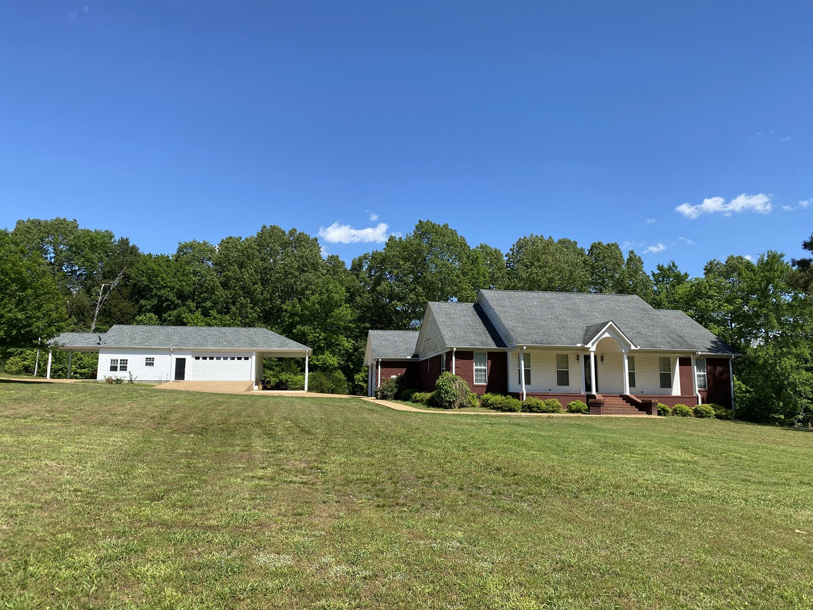3 BEDROOM HOME ADAMSVILLE, TN FOR SALE, SHOP & GUEST HOUSE