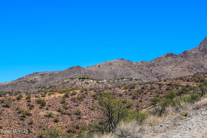 Residential land lot in gorgeous Rio Rico Ranchettes