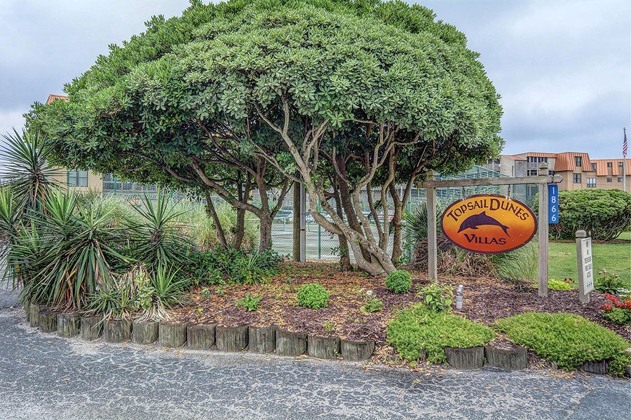 3BR Oceanfront Topsail Dunes Condo For Sale