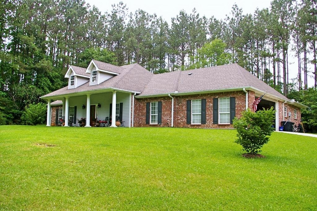 Executive 4 Bed, 2.5 Bath Home for Sale NPSD, Summit, MS