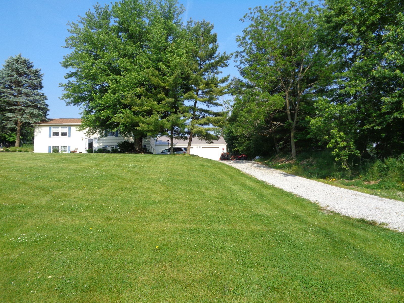 Home in the Country, Big Walnut Schools, Detached Shop,