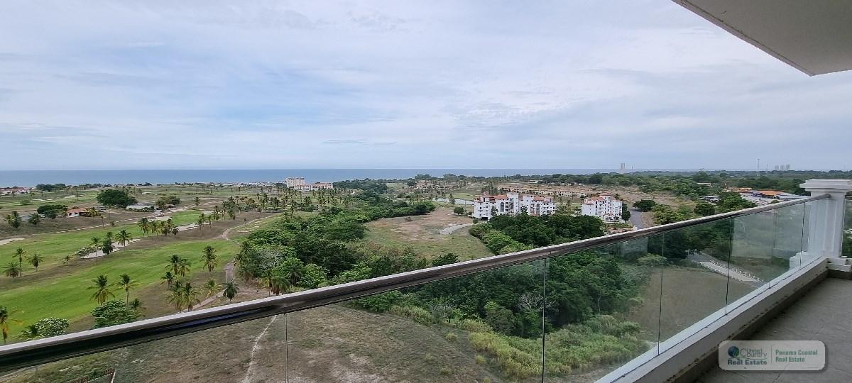 Condo for sale in Vistamar Beach, Golf & Marina Panama