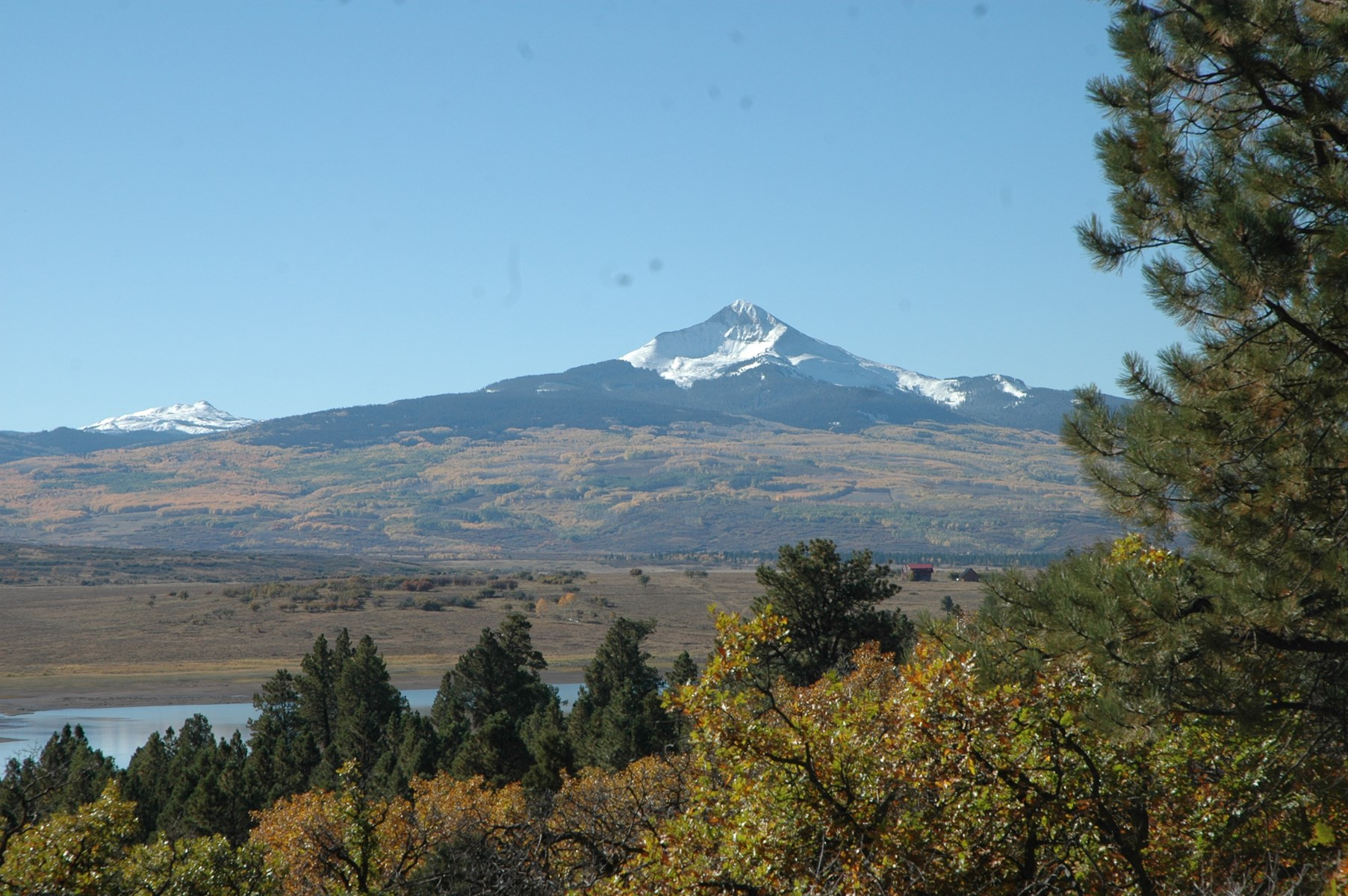 35 acres in Western Colorado with Lake access near Telluride