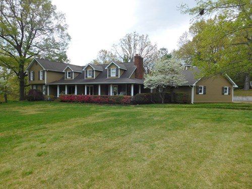 Home With Pool and 2 Acre Lot For Sale  in Harrison
