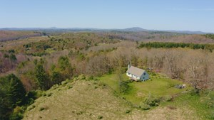 SECLUDED COUNTRY HOME FOR SALE IN FLOYD VA