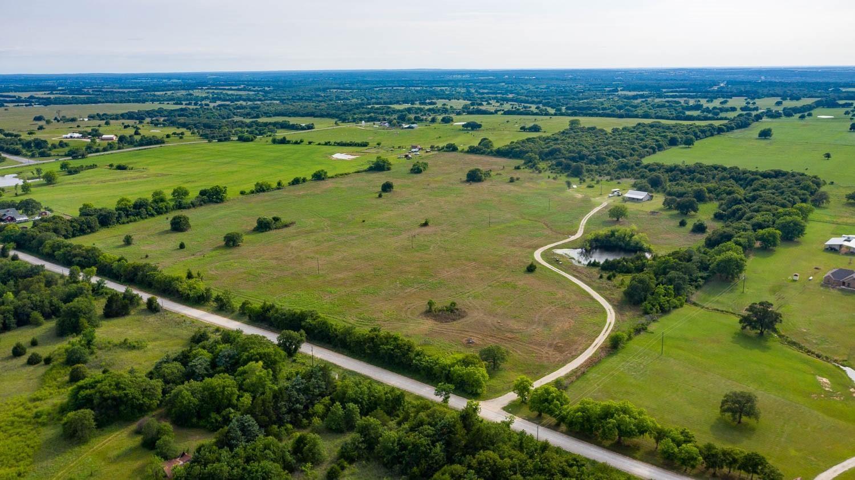 763 Cottonwood Creek Dr Saint Jo Texas 76265
