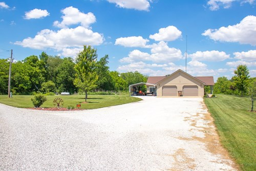 Carlinville Country Home For Sale on Pond with 5 Acres