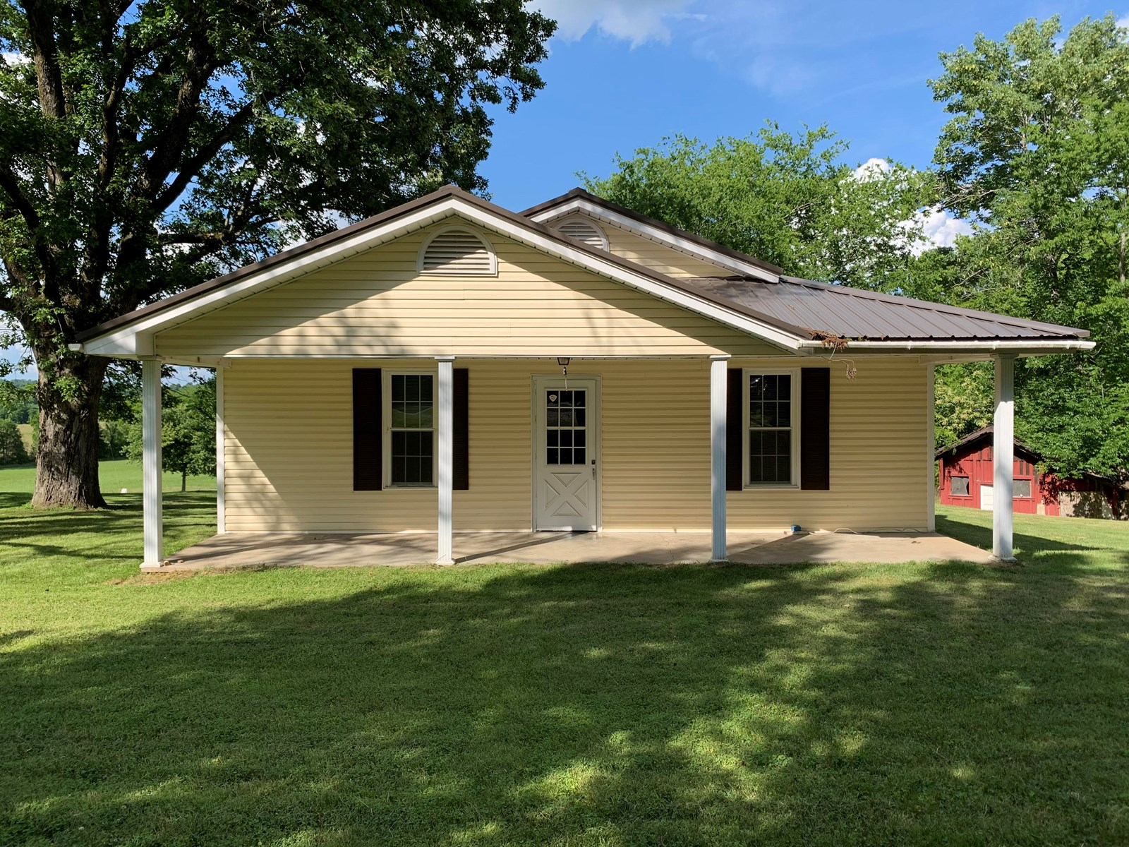 Quaint Country Home on .25 acres