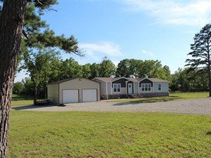 COUNTRY HOME AND LAND FOR SALE IN HOWELL COUNTY, MISSOURI