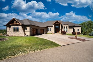 LUXURY HOME FOR SALE, VIEWS, NEAR GRAND JUNCTION, COLORADO