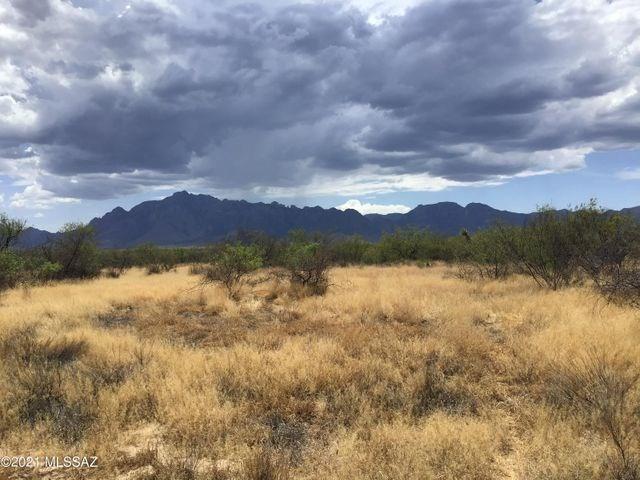 39+ acres in Caballos De Las Estrellas with OWNER FINANCING
