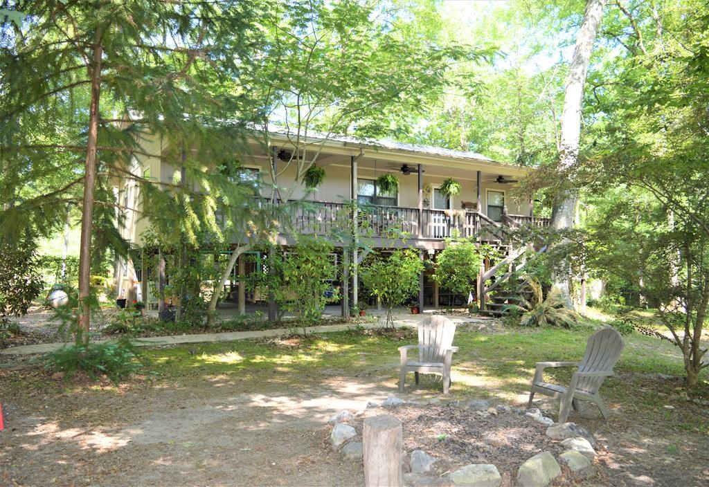 Secluded River Front Cabin For Sale on 2.39 Acres SW MS