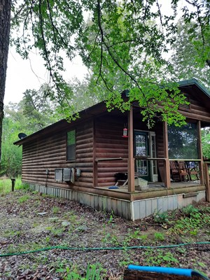 LOG CABIN PROPERTY ON ACREAGE FOR SALE FORT TOWSON OKLAHOMA