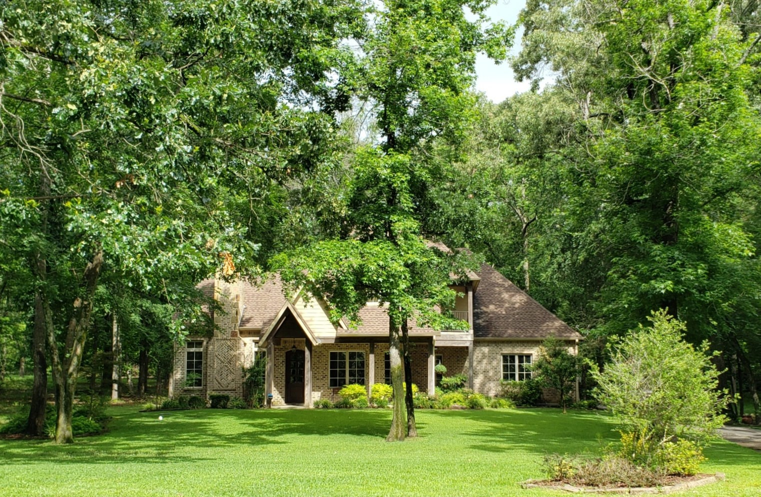 HOME FOR SALE IN GATED NEIGHBORHOOD | LAKE PALESTINE