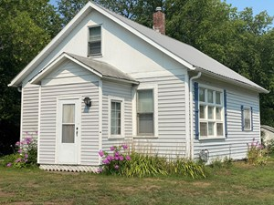 *REDUCED* UPDATED 1 BEDROOM HOME FOR SALE IN FINLAYSON MN