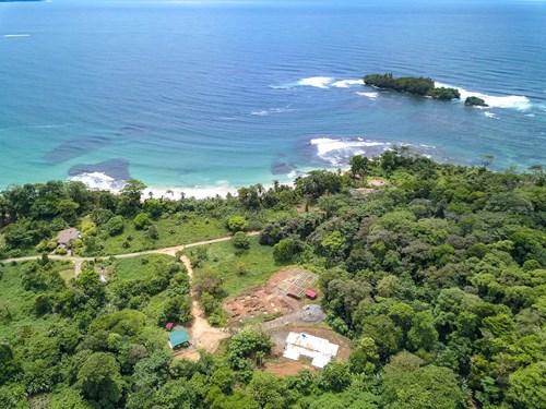 Beachfront condo for under 130K, Bocas del Toro, Red Frog