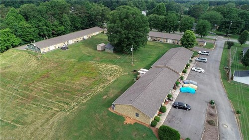 Apartment Complex For Sale In Pilot Mountain NC 27041