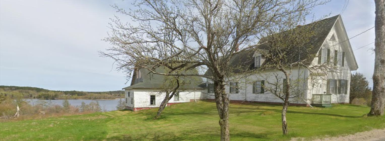 Coastal Colonial in Machiasport, Maine