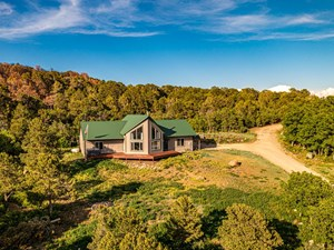 COLORADO MOUNTAIN HOME ON ACREAGE WITH HUNTING ACCESS