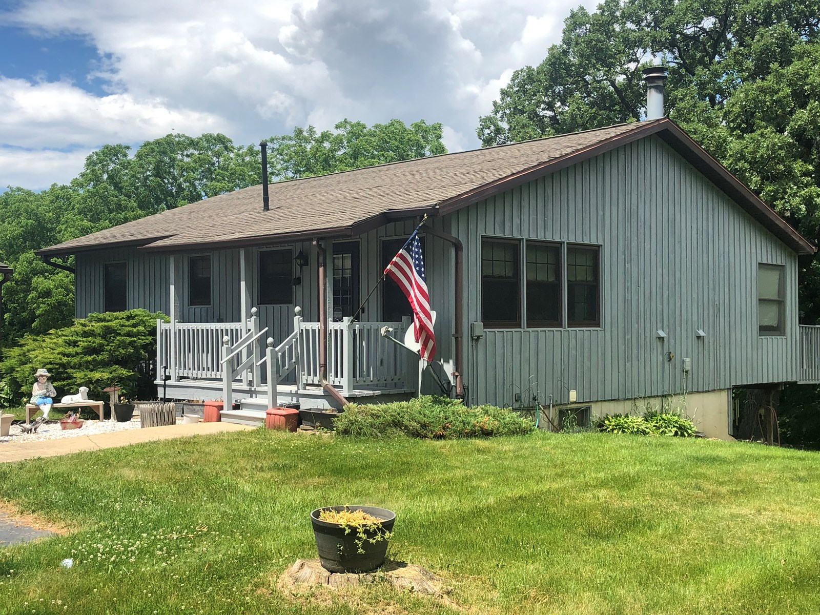 Apple Canyon Lake Home For Sale in Jo Daviess County, IL