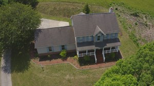 COUNTRY HOME OVERLOOKING THE HOLSTON RIVER IN TN FOR SALE