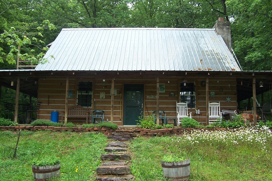 2bd Cabin/guesthouse
