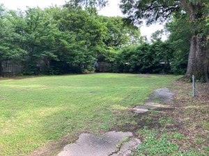 LOT FOR SALE NEAR DOWNTOWN SEARCY, AR