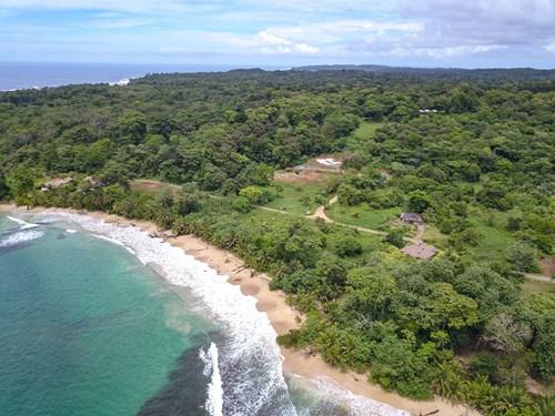 Beachfront lot #412, Red Frog Island Resort, Bocas del Toro