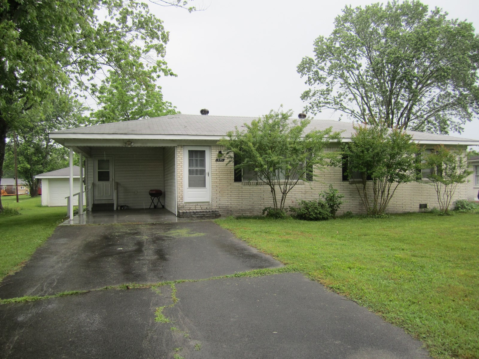 All Brick Ranch Home for Sale in Town in Hohenwald Tennessee