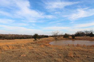 39 ACRES - CHANDLER, OK - BEAUTIFUL CREEK AND POND