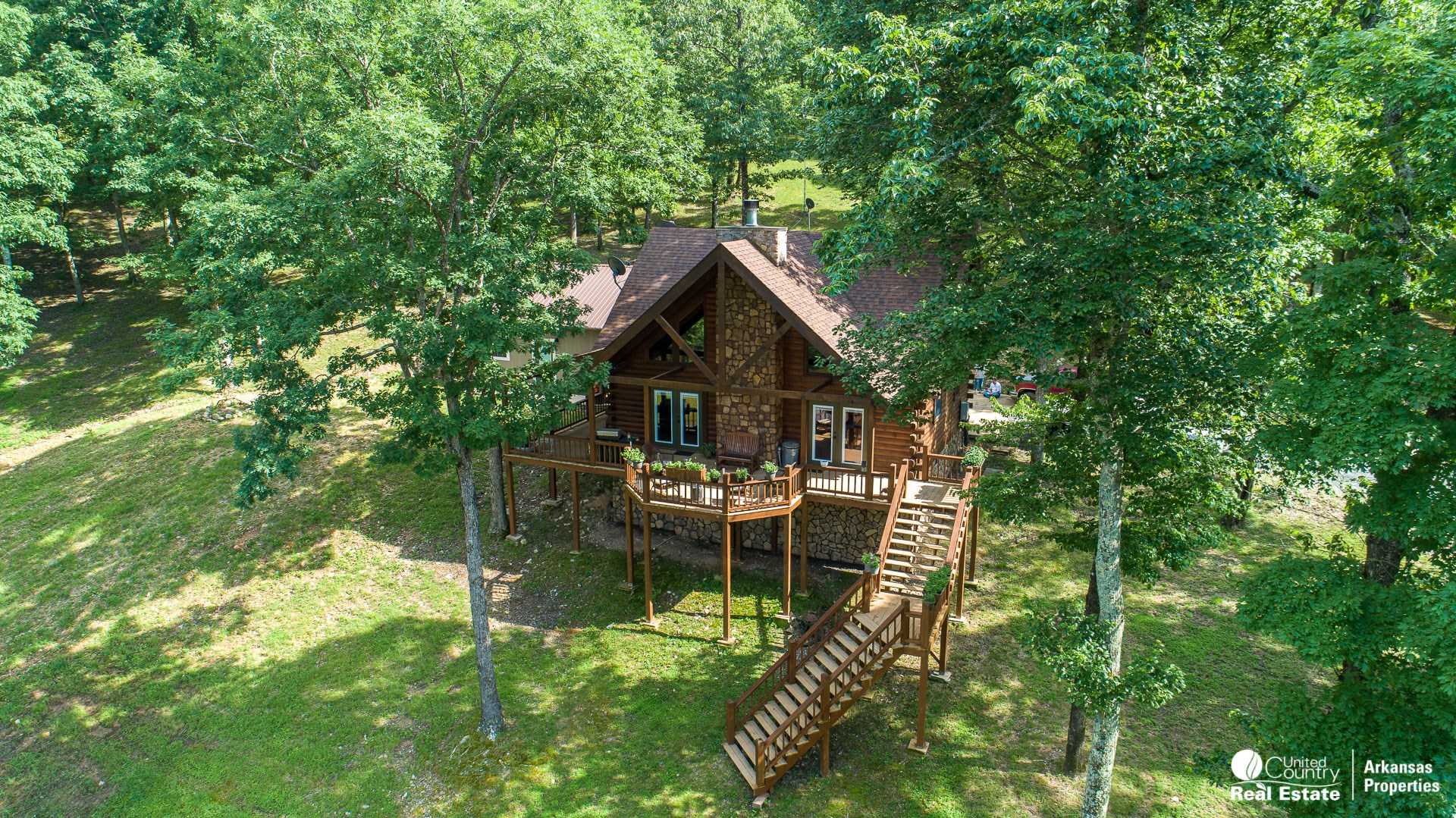 Log Home with acreage for sale in Arkansas