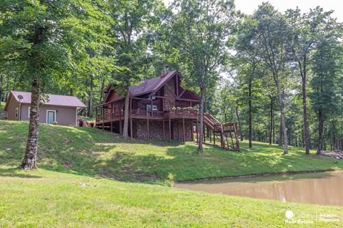 Custom Built Log Home in Arkansas