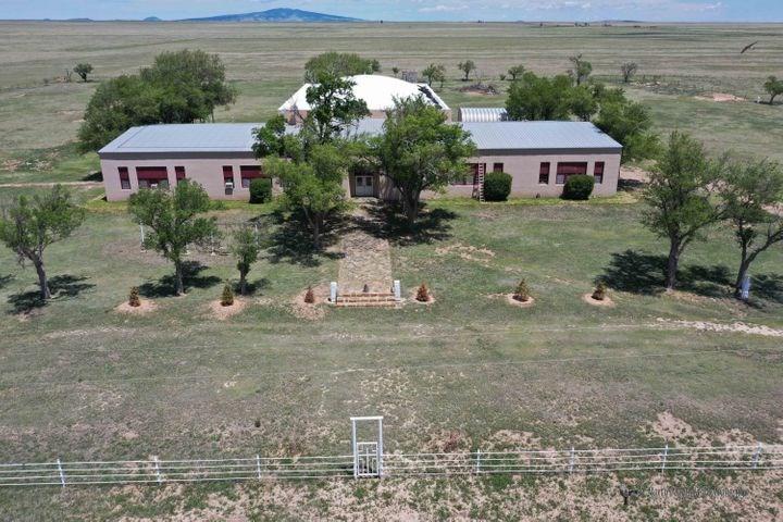 New Mexico Multi-Use Facility Near Clayton, NM on 8.53 Acres